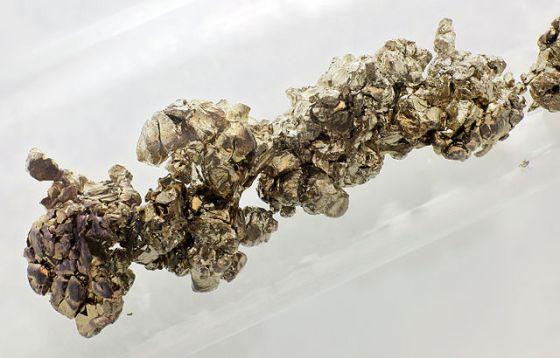Strontium_destilled_crystals