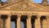 A. Merkel geht – kommt F.Merz?